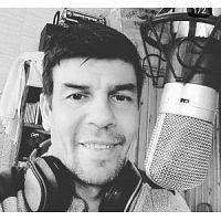 Javier Silva Locutor - Servicios Publicitarios - Locutor De Uruguay